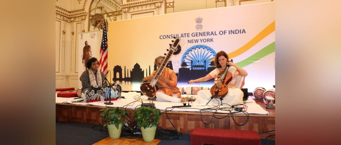 Baithak@Consulate on Oct 1, 2019  L-R : Aditya Kalyanpur (Tabla), andit Shubhendra Rao (Sitar), Saskia Rao-de Haas (Indian Cello)