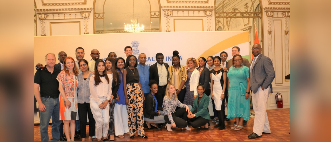 Farewell Reception for students from City University of New York@Consulate (July 26, 2019)