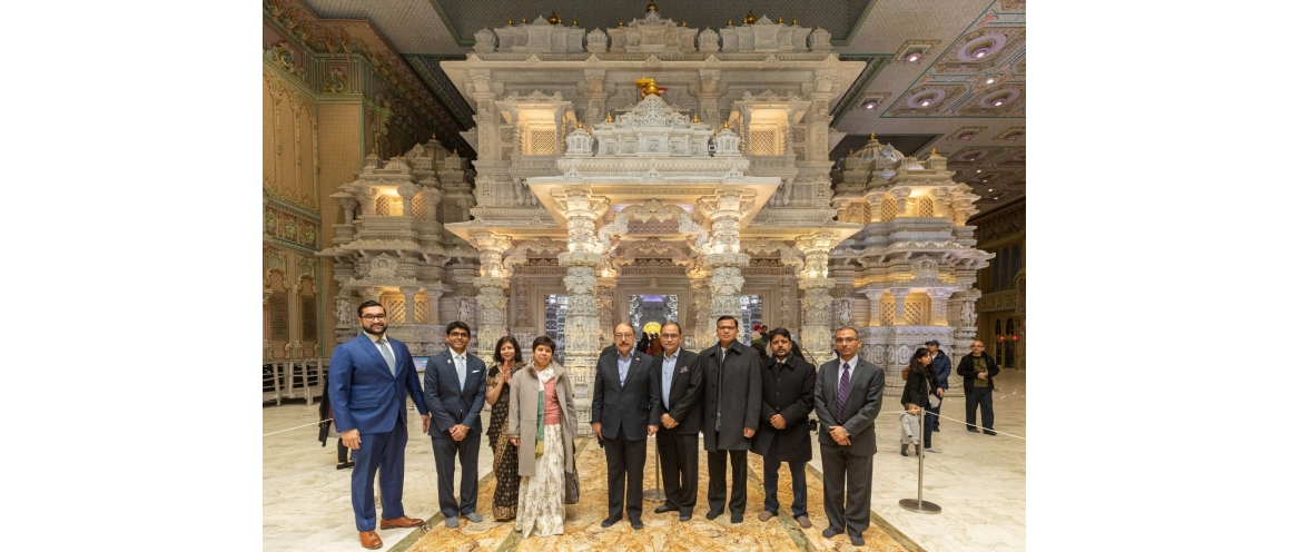 Amb. Harsh Vardhan Shringla  visited BAPS Shri Swaminarayan Mandir in New Jersey on Dec 07, 2019 and greeted the gathering on the auspicious occasion of His Holiness Pramukh Swami Maharaj's 98th birth anniversary