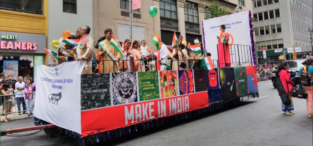"The Consulate took part in the 38th India Day Parade held at New York on August 19, 2018, aboard a colorful float representing the Prime Minister's vision of ""MAKE IN INDIA"""
