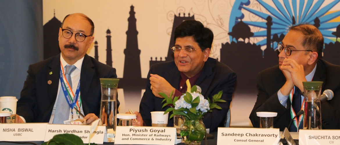 Mr. Piyush Goyal, Minister of Railways and Commerce & Industry had a special interactive session with business leaders at the Consulate (Sep 26, 2019)